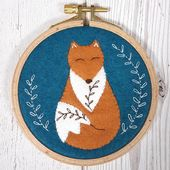 Corrine Lapierre  - Appliqué Hoop Folk Fox Mini Kit